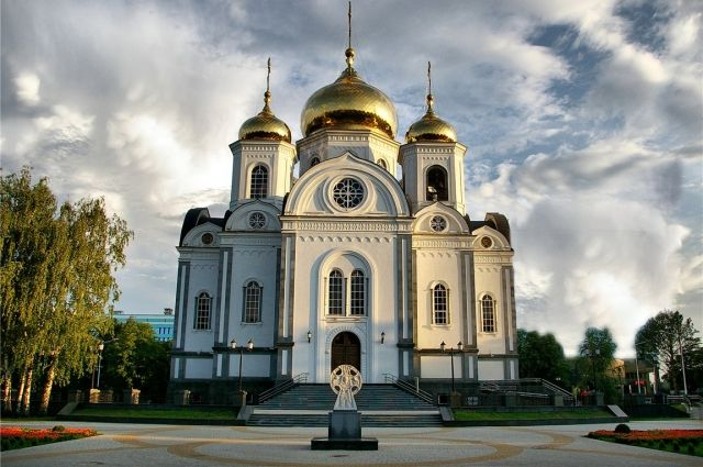 Новый митрополит Хабаровский и Приамурский прибыл в город.