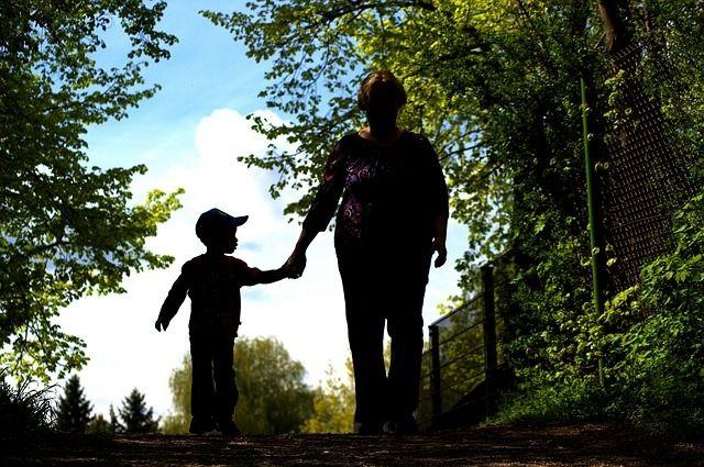 В Тюменской области 96% детей-сирот воспитываются в замещающих семьях