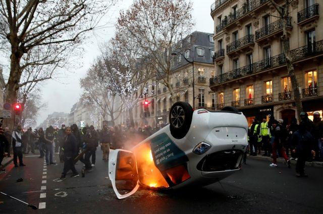 AFP: во Франции в протестах «желтых жилетов» участвуют 25 тысяч человек - Real estate