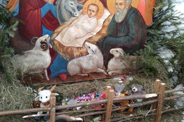 В Тюмени православные встретили праздник Рождества Христова