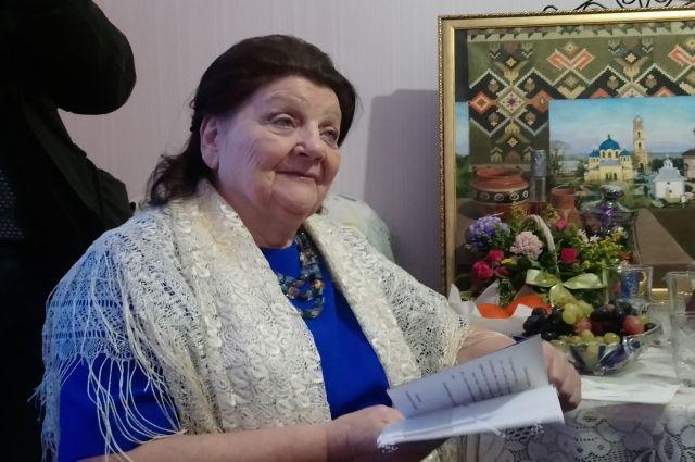 Еще одна долгожительница Салехарда получила телеграмму от президента