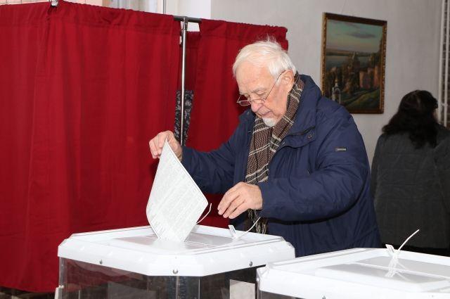 Главный показатель эффективности губернатора - голоса избирателей на ближайших выборах.