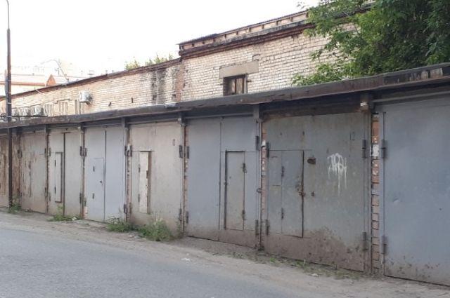 В Ялуторовске задержали подозреваемого в кражах из гаражей