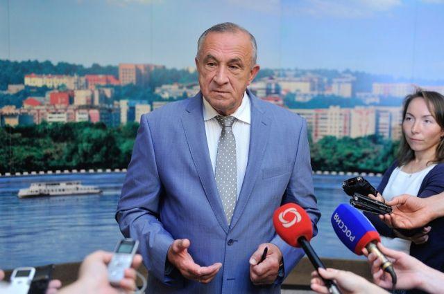 Александр Соловьёв выступил с ходатайством о смене адвоката.