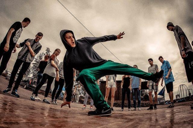 Тюменцев приглашают на занятия хип-хопом