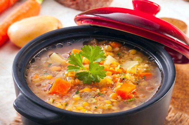 Многие боятся браться за приготовление супов, но первое блюдо считается самым простым в готовке. В уверенностью беритесь за дело!
