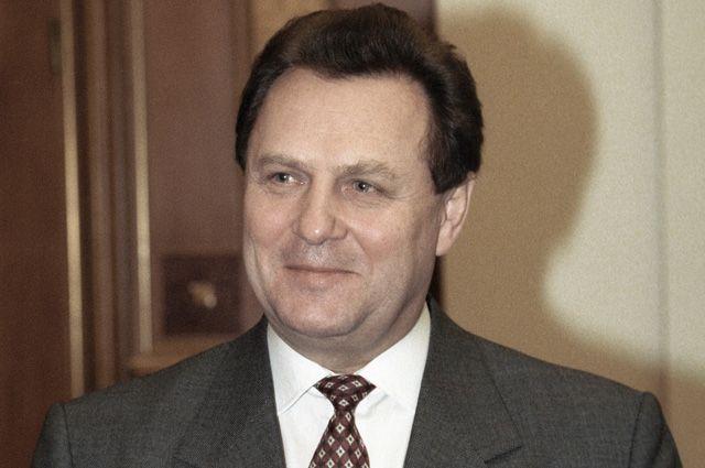 Иван Рыбкин. 1998 г.