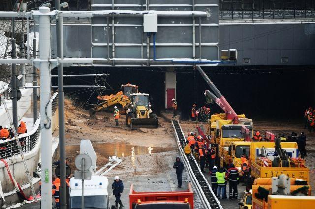 После аварии на Канале им. Москвы восстановлено дорожное движение