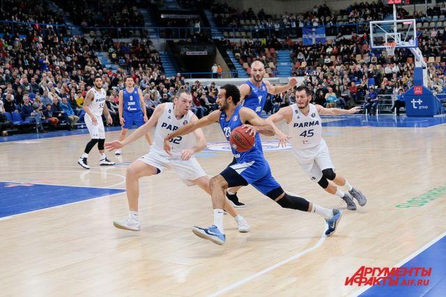 В полуфинале Кубка России «Парма» встретится с БК «Новосибирск».