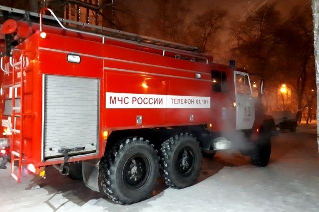 Омич успел спастись из горящего дома в Ленинском округе