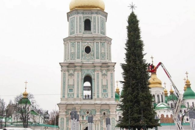 Закрытие новогоднего городка: что ждет главную елку страны после праздников