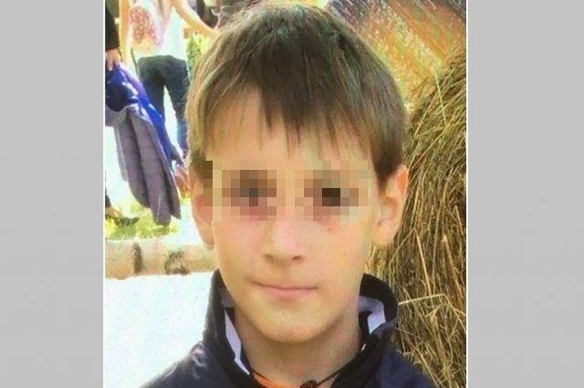 Мальчика доставили в отдел полиции.