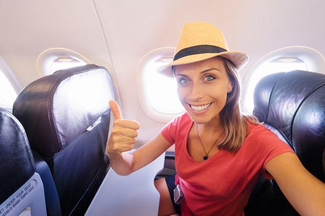 Такой опасный самолет. Как не подцепить вирусы и бактерии во время полетов?
