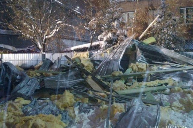 Обвал павильона в Харькове: полиция открыла производство за халатность