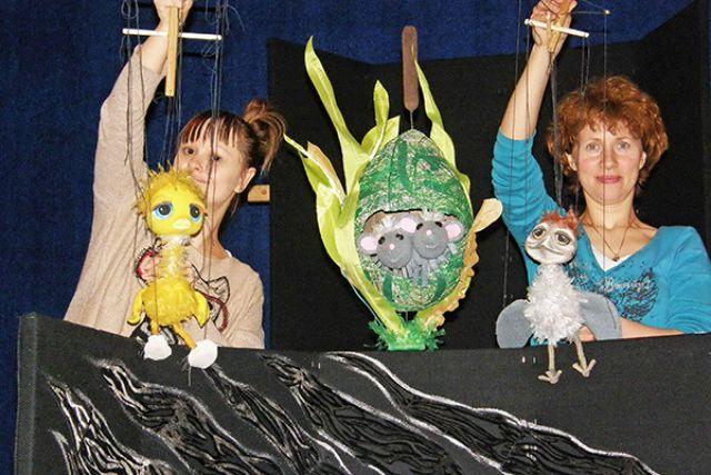 На фестивале по традиции собираются ведущие театральные, музыкальные и цирковые коллективы России.