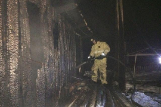 Потушить пожар удалось спустя 48 минут.