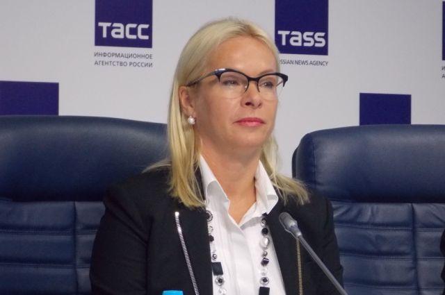 Анна Терешкова побывала с визитом в новосибирском цирке.