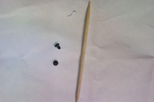 Вот такие винтики обнаружила в пельменях покупательница из Кунгура.