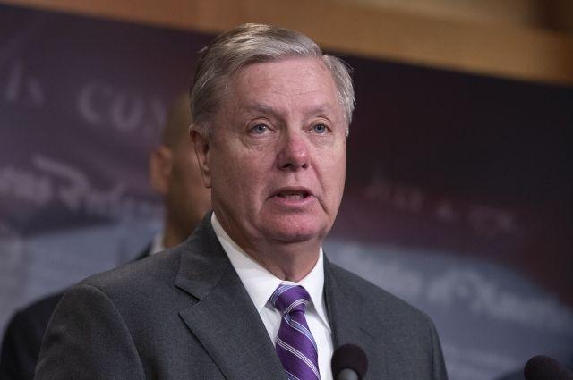 Сенатор призвал Трампа временно восстановить работу правительства США