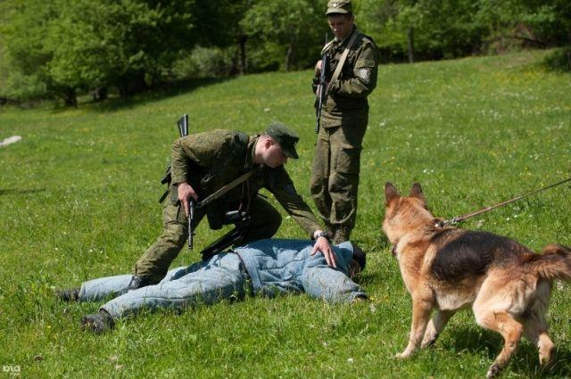 Иностранцу грозит четыре года тюрьмы за пересечение границы Омской области
