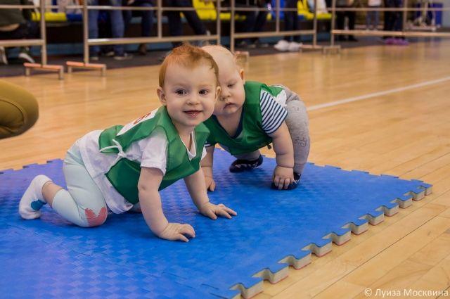 Малышей-спортсменов и их родителей ждут на соревнованиях «Мы - одна семья!»