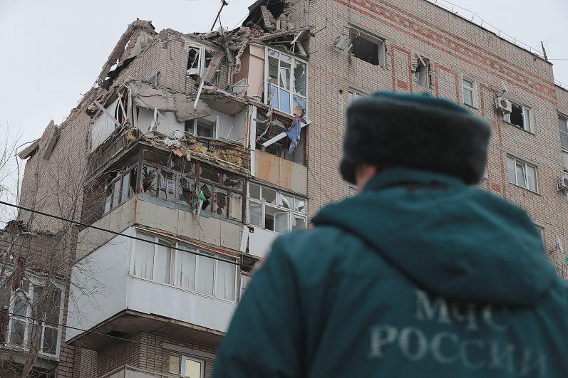 Спасатели узнали про взрыв в 6.18 утра 14 января