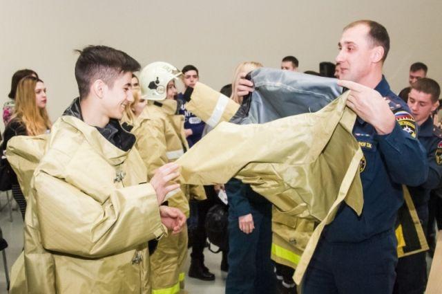 Чем раньше узнают о профессии спасателя юные омичи, тем больше шансов её выбрать.