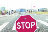В Оренбуржье нарушители незаконно переправили через границу мигранта.
