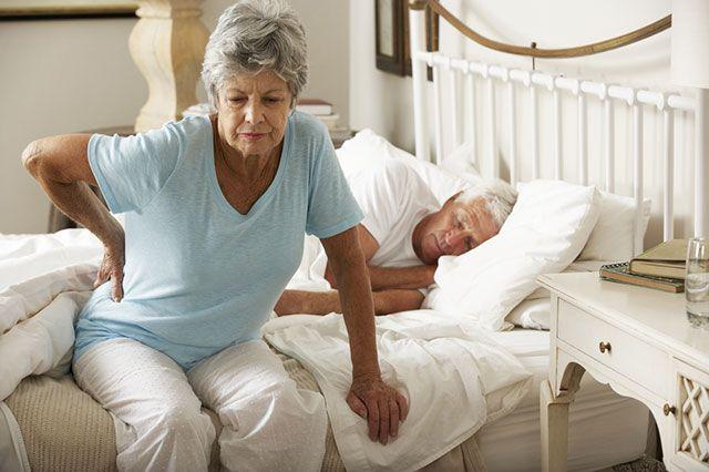 Какие компрессы помогут от болей в спине и суставах?