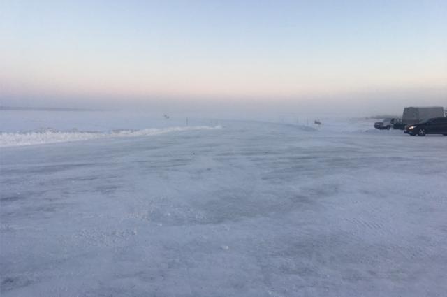 Зимник «Салехард-Надым» открыт для проезда транспорта