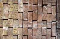 Тюменцы пытались похитить строительные леса
