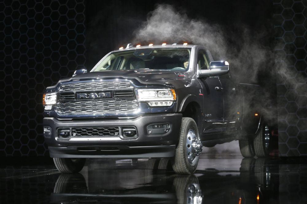 Пикап Ram 3500 truck.