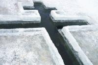 Где в Киеве можно окунуться в прорубь на Крещение: список локаций