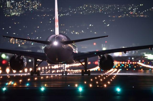 Как сообщили в авиакомпании, к марту рейсы возобновятся.