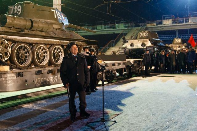 Правительство Лаоса передало технику РФ, которая по железной дороге доставляет в подмосковный Наро-Фоминск.