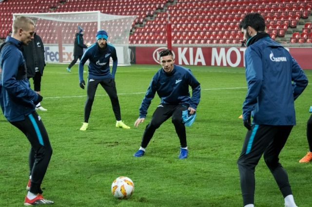 Команда Сергея Семака вышла с новогодних каникул и приступила к тренировкам.