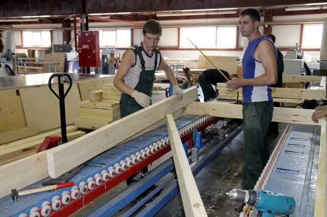 Ни один экономический прогноз не смог предсказать закрытие Сыктывкарского промышленного комбината.