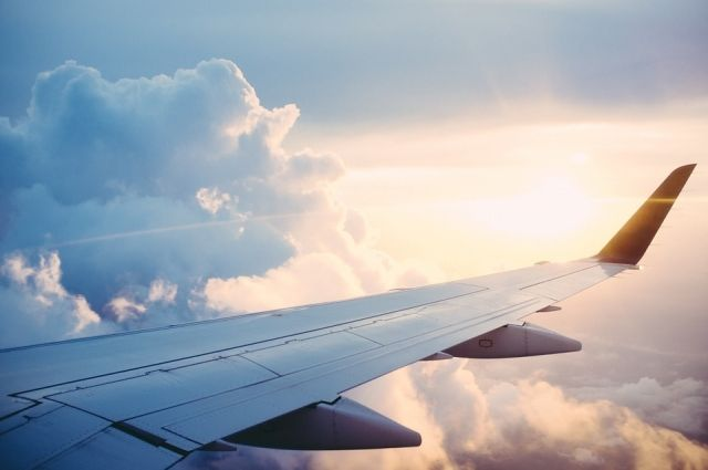 В Храброво самолёт зацепил крылом трап