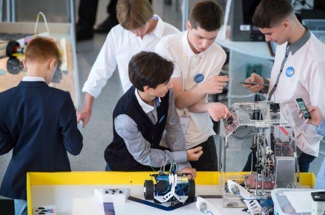 Навстречу мечте. Школьники Москвы заранее пробуют будущие профессии