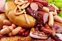 Эксперт рассказал, из чего изготовляют колбасы и как избежать подделок