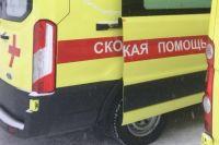 Мужчин получил перелом ноги в аварии