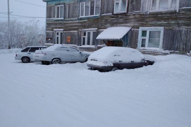В Салехарде составили акты еще на две УК за плохую уборку снега