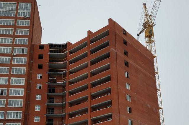 До мая здесь будет завершено строительство каркаса здания и внутренних инженерных систем.