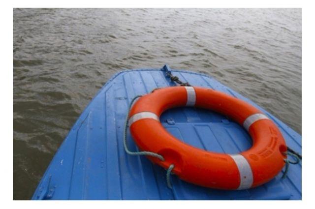 Воры забрали лодку с берега реки в Бикинском районе.