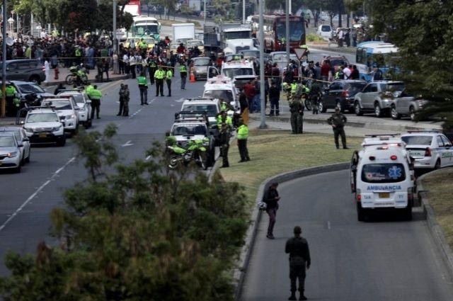 Неменее 80 человек пострадали при взрыве вполицейской академии вКолумбии