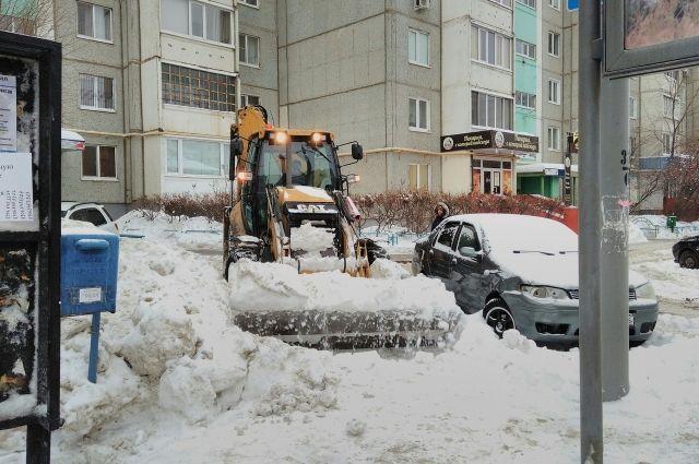 В ночь с 17 на 18 января в Северном округе г.Оренбурга работало 30 машин спецтехники
