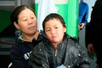 Четырехлетняя «таёжница» с мамой.