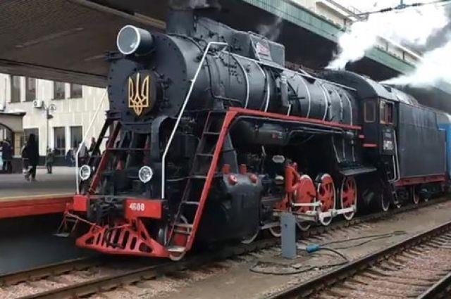 В Киеве на Крещение запустят праздничный паровоз
