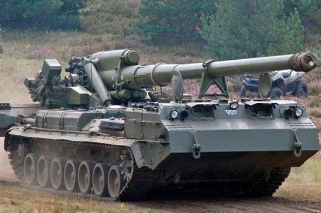 Поражает цели на расстоянии 47 километров: на Донбассе испытали «Пионы»