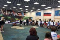 В Ноябрьске проходят чемпионат и первенство ЯНАО по паурлифтингу